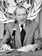 UN Secretary General Kurt Waldheim