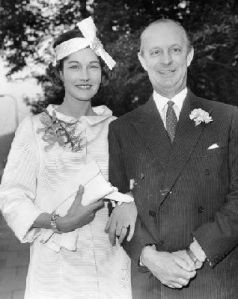 "William ""Bill"" Astor and his bride model Bronwen Pugh"
